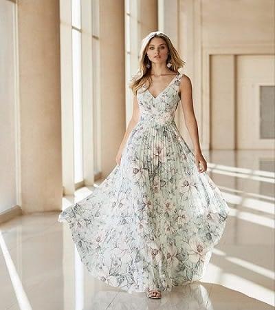 Impacta luciendo vestido glamorososs