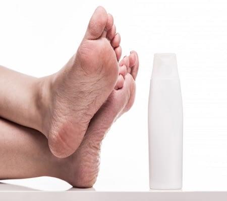 Cuidados y concejos para mantener saludable la piel de los talones. 1