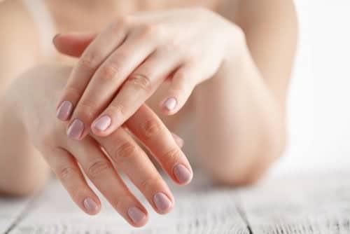 Cómo darle los cuidados necesarios a las manos después de los 50 años. 1