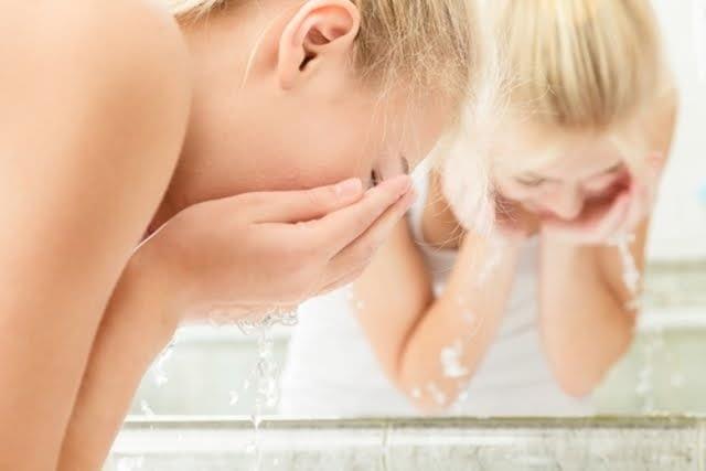 Limpieza de tu rostro: 6 pasos para realizar una limpieza profunda. 2