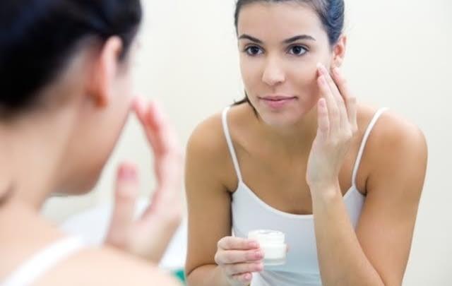 Pasos para realizar una limpieza profunda de tu rostro 5