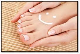 Hidrata y cuida saludablemente tus uñas de las manos y pies 2